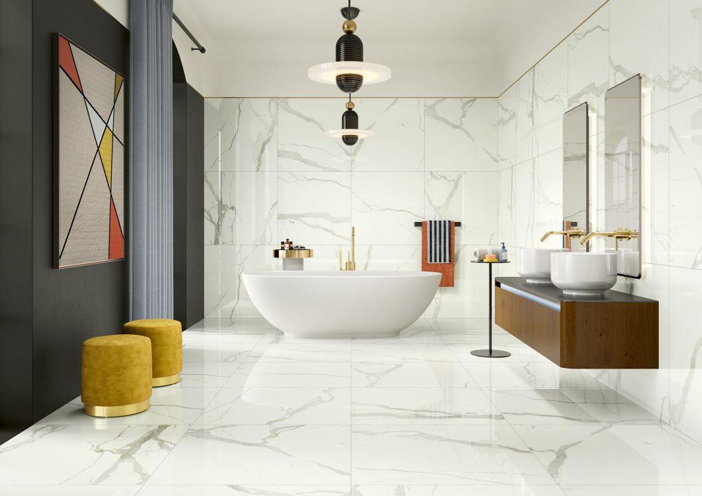Revestimentos cerâmicos de grés numa casa de banho
